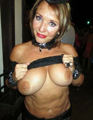 naked moms on tumblr