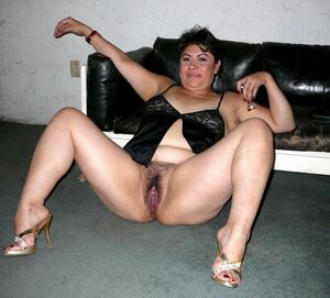 hairy mature pussy gallery