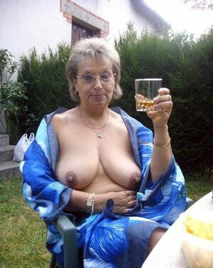 naked mature nudist