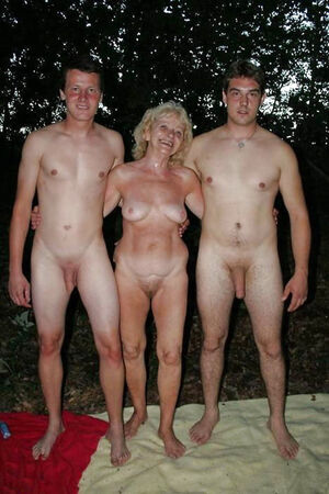 mom and son nudist