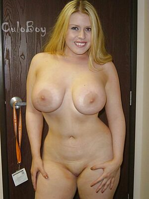 sexy big boobs mom