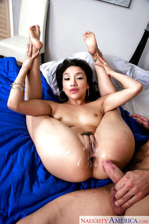 latina mom naked